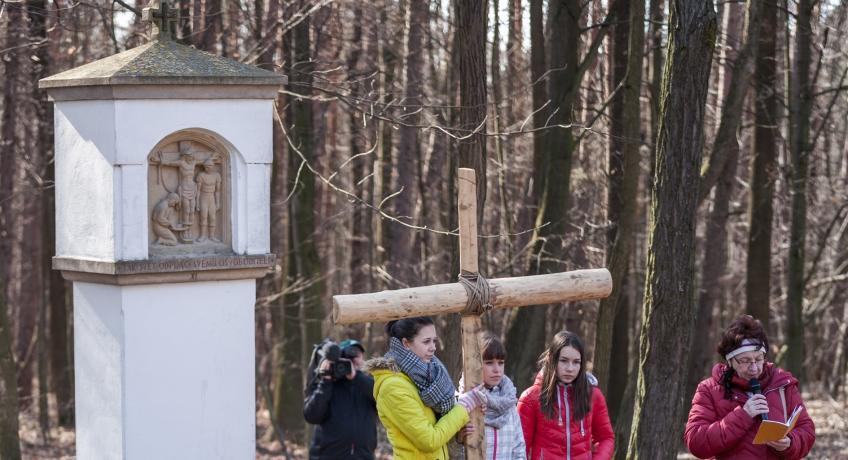 Modlitba křížové cesty v době postní