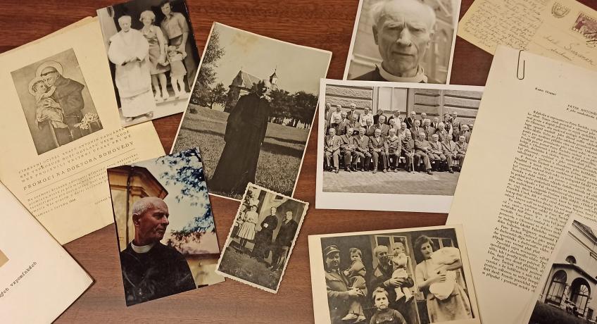 Prohlédněte stará alba a krabice s fotkami!