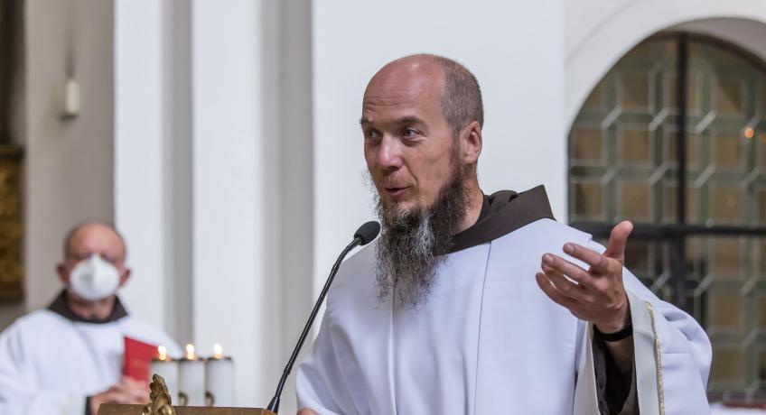 Poslední neděli v říjnu můžeme slavit s františkány