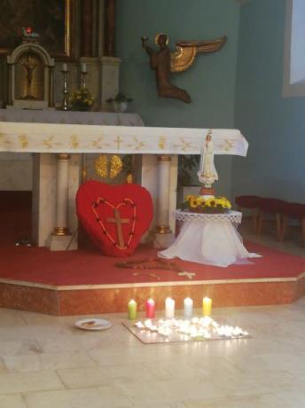 Milion dětí se modlí růženec a Misijní neděle 2021