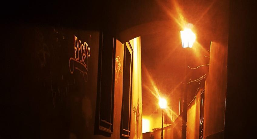 Tohora chebské farnosti v uličce Zavražděných