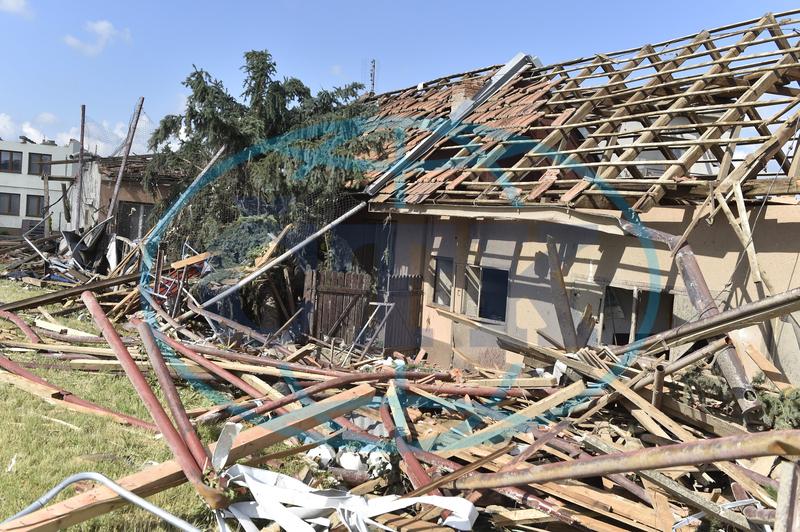 Spojme se v pomoci obětem ničivého tornáda na jižní Moravě