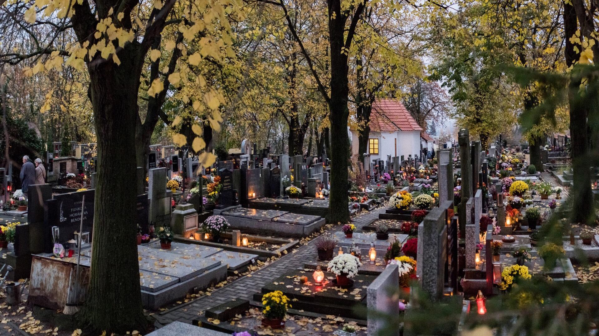 Mše sv. na stodůleckém hřbitově