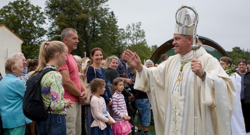 Dopis biskupa Josefa Nuzíka rodinám
