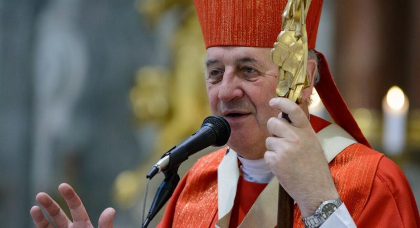 Novoroční přání olomouckého arcibiskupa Jana Graubnera