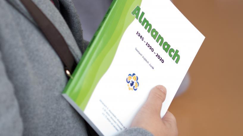 dekovna-mse-|-skautsky-almanach-1945-–-1990-–-2020